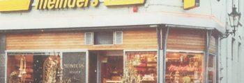 De winkel in Rijssen rond 1975