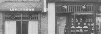 De winkel in Rijssen omstreeks 1950